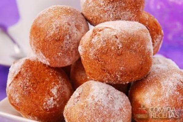 Receita de Bolinho de chuva prático em receitas de bolos, veja essa e outras receitas aqui!