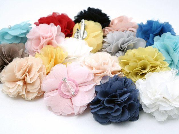 """Haarblüten - Blüte """"Ihre Wahl"""" - ein Designerstück von habseligkeiten bei DaWanda"""