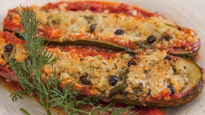 Stuffed zucchini - vegetarian - goats cheese, currents, macadamia nuts... Recipe from Everyday Gourmet with Justine Schofield