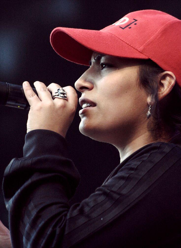 """Ana Tijoux en el """"Día de la Música Chilena 1999"""""""