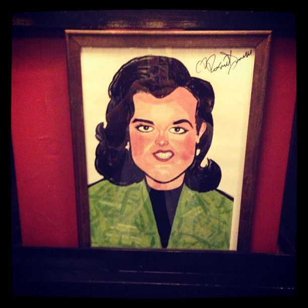 I want to go to SARDIS in NY so I can see Rosie's pic.