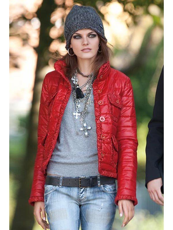 moda chamarra roja