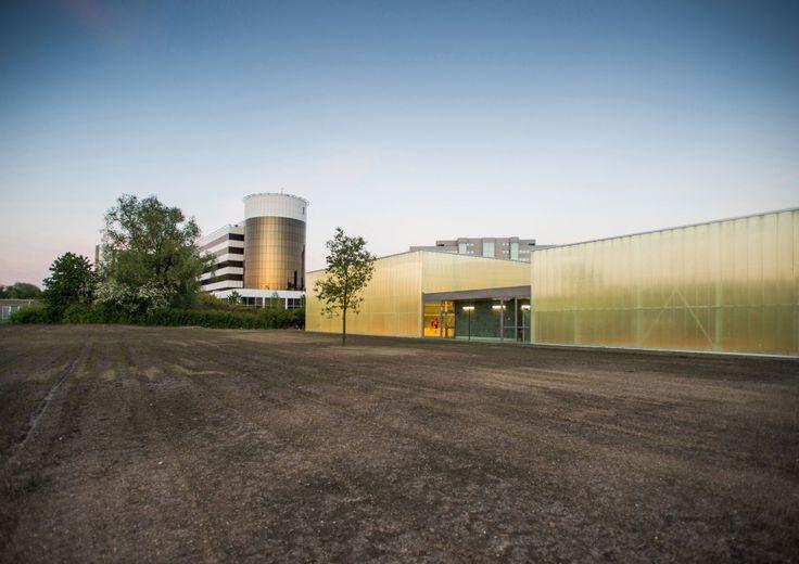Neighbourhood Sports Centre Kiel, Antwerp  / UR architects