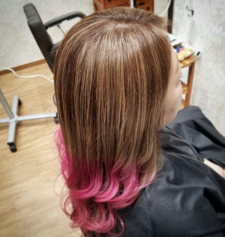💓グラッシュ×pink💓 グラデーションの根本が育ってきて 明るくイメチェンしたい人にお薦めです(*^^*) #グラデーション #メッシュ #グラッシュ #ディップダイ #ピンク #ピンクヘアー #haircolor #ombre  #highlights #dipdye #pink #pinkhair #Welina #hitomiyanagida #myworks #ウェリナ #お客様photo #感謝