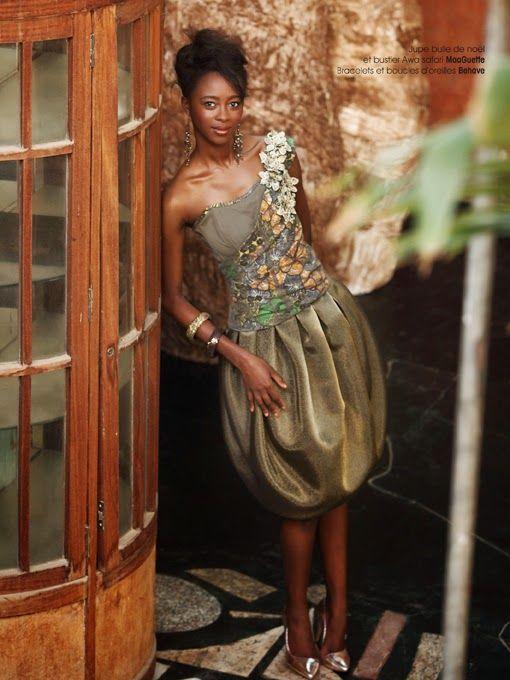 créatrice de mode africaine contemporaine et efficace.Jouant sur toutes sortes de contrastes: les traces de l'enfance, entre déceptions, joies, peurs, insouciance, innocence et impatience, nos sources d'inspiration sont inépuisables