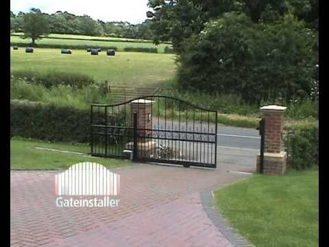 Best 25 electric sliding gates ideas on pinterest for Motorized gates for driveways