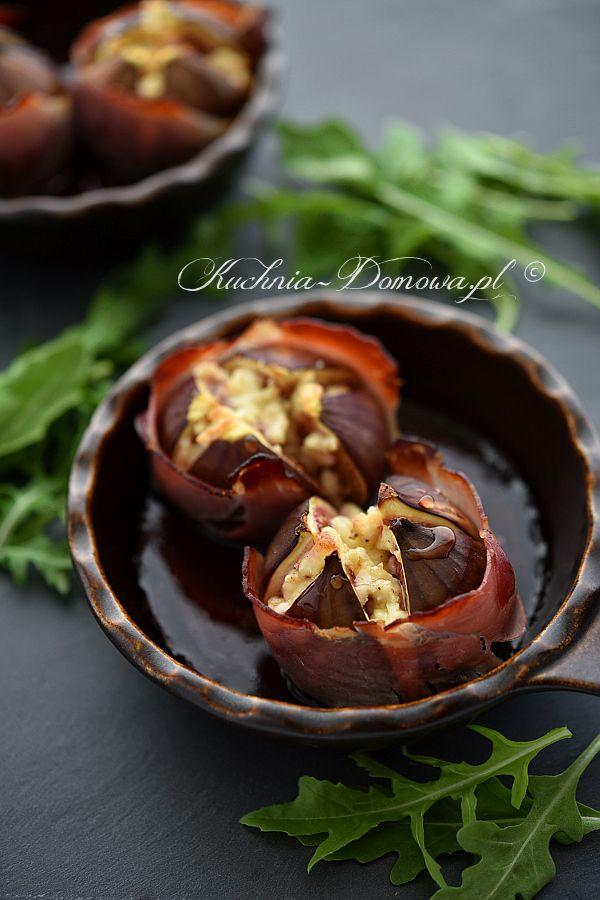 Zapiekane figi z fetą - słodka przekąska ze świeżych fig, szynki parmeńskiej i sera feta.