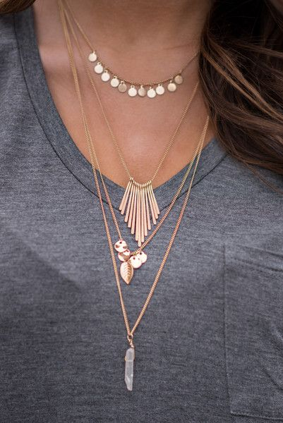 Love Struck Quartz Stone Bohemian Necklace (Gold)