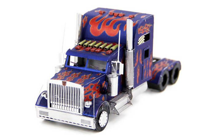 Put down your phone, and try a new hobby and build something cool like this Peterbilt heavy truck metal model from Amusien. If you are afraid that building a metal model is difficult, rest assured that that is not the case. Metal models transform from flat laser cut metal sheets. You don't need to glue the pieces together. Simply pop out the pieces, bend, and connect them at attachment points. All you need are your hands, although a pair of pliers might make things easier. And then you mi...