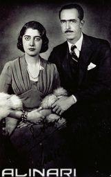 La Principessa Maria di Savoia e il Principe Luigi Borbone-Parma, ritratti nel giorno delle loro nozze  #TuscanyAgriturismoGiratola