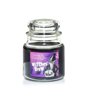 Yankee Candle Halloween Witch's Brew 12.5 oz Candle - Love this one!