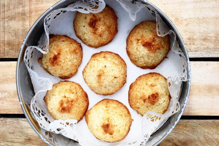 Hur gott är det inte med kokostoppar?Det är enkelt att göra (på 25 min är fikat färdigt), gott så in i bomben & till och med glutenfritt. Bra va? :) Mina kokostoppar väljer jag att...