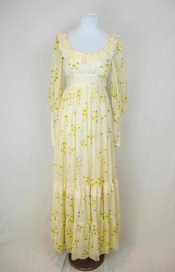 72e055e4496 1970s Gunne Sax Prairie Dress    Vintage Maxi Dress    Bohemian ...
