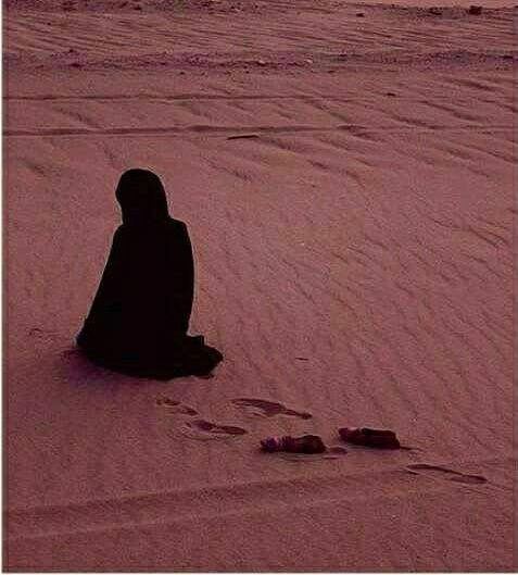 Assalamualaikum wr wb Khadijah (Ra) ketika berada di rumah sangatlah menenangkan, beliau tidak pernah membuat keributan yang tidak berarti sehingga Nabi Muhammad saw. Tidak ingin beranjak pergi meninggalkan rumah.. . .  sumber : Islam And Life . . informasi ini dipersembahkan oleh : http://khazzanah.tours/ dan http://khazzanahtour.net/ utk. Informasi haji dan umrah hub : 0811.918.0031