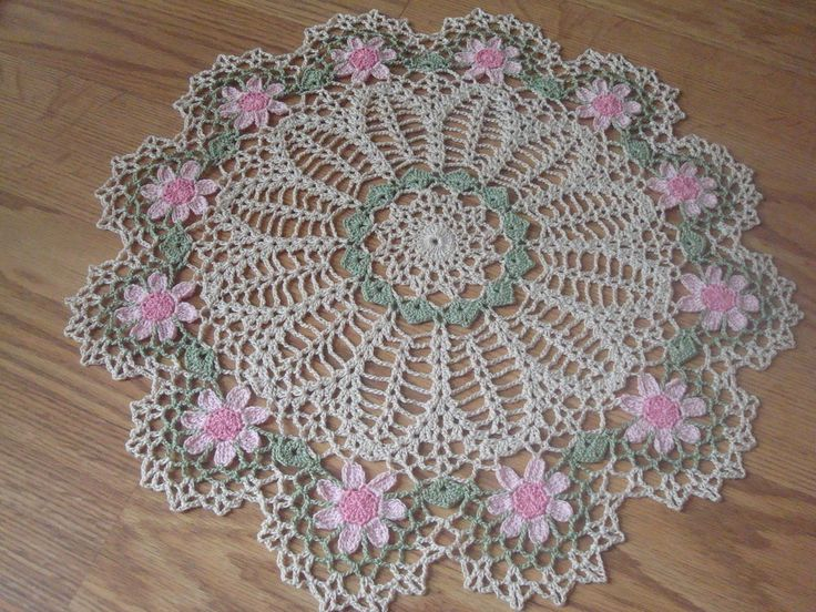 New Handmade Circle of Pink Daisies Crochet Doily