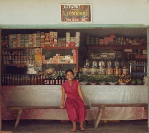 Warung Nyoman 1982 (repost) photo from David Bennett