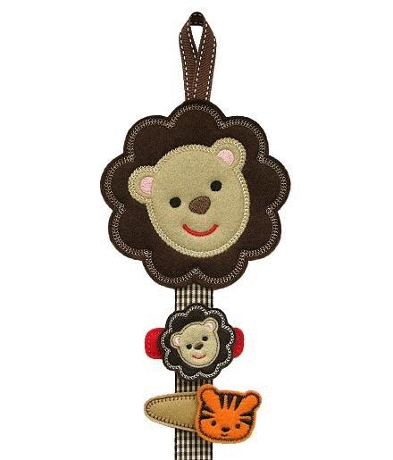 Lion Clippie Keeper FELT STITCHIES (in the hoop)