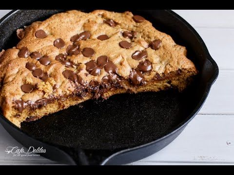 Nutella Stuffed Chocolate Chip Skillet Cookie - YouTube