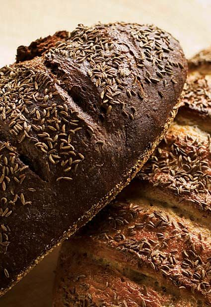 Pumpernickel Bread– how to make your own caramel coloring