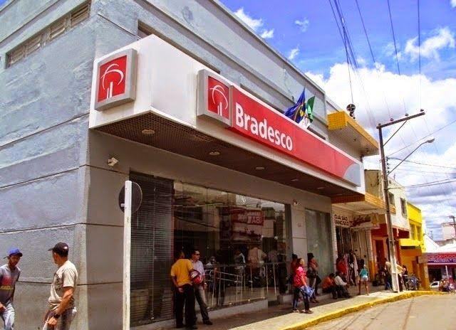 Blog Paulo Benjeri Notícias: DEFICIENTE É ASSALTADA NO CENTRO DE ARARIPINA