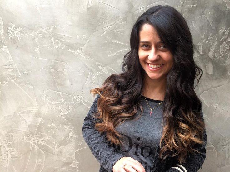 Sobre saber o que as clientes gostam no Espaço Dellas a Aline aprecia o atendimento dos profissionais e principalmente do serviço realizado tanto em cabelo e unhas! #hair #hairdo #waves #nails  #blowout #espacodellasbar #portoalegre #brasil
