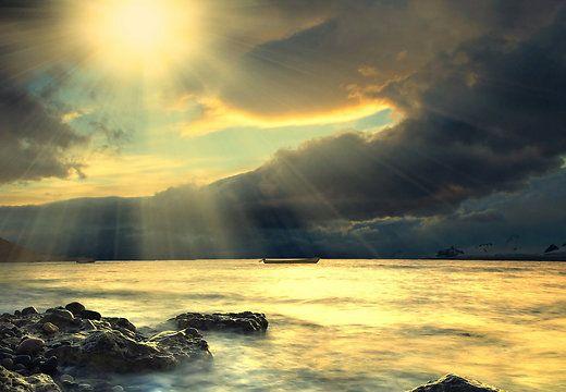 Ainus viis oma elu tõeliselt muuta, on armastuse valgusega iseenda sisemaailma valgustada - Alkeemia