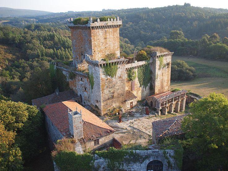 Lugo Vista aérea del castillo de Pambre