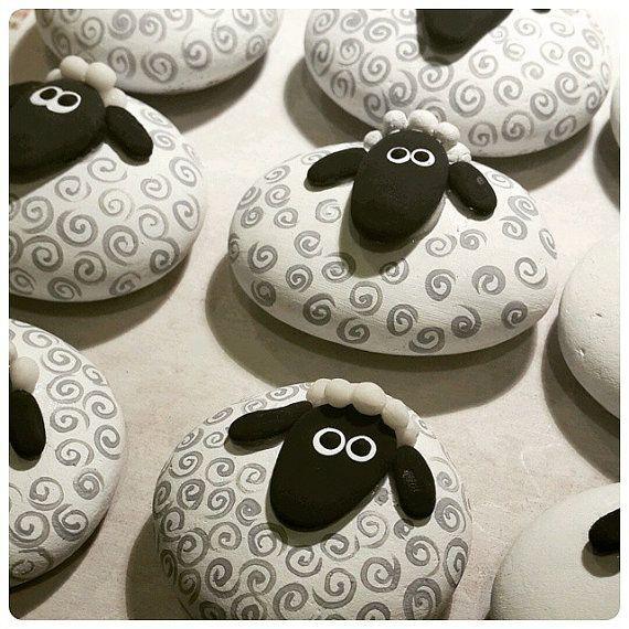 Symbol des 2015-jährigen Schaf-Lammmagneten Schaf…