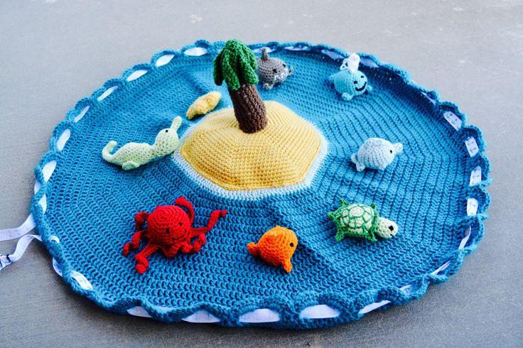 Beach play set - Ocean Baby Playmat - Floor Activity Mat - Baby Shower Gift - Baby Sea Creature Activity Set - Ocean Animal Activity Bag