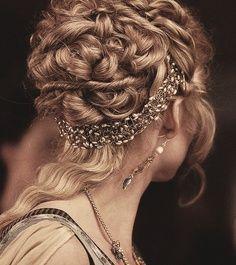 Renaissance Hair!!!!