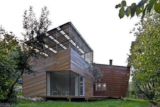TVZEB Zero Energy Building/Traverso Vighy Architects, Vicenza, Italy  Photo © Alessandra Chemollo