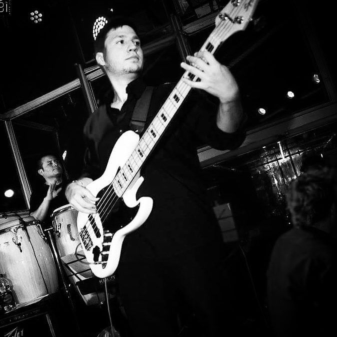 Tocando con Maelo Ruíz en su gira #románticoyboricua por Argentina! #maeloruiz #bass #bassplayer #bassist #basspro #bassuniversity #music #salsa #timba #latin #jazz #bajo #baixo #fender #jazzbass #5strings #bassporn #gopro #gopromusic