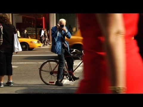 Bill Cunningham Gives you new perspectives of fashion, photography and New York.
