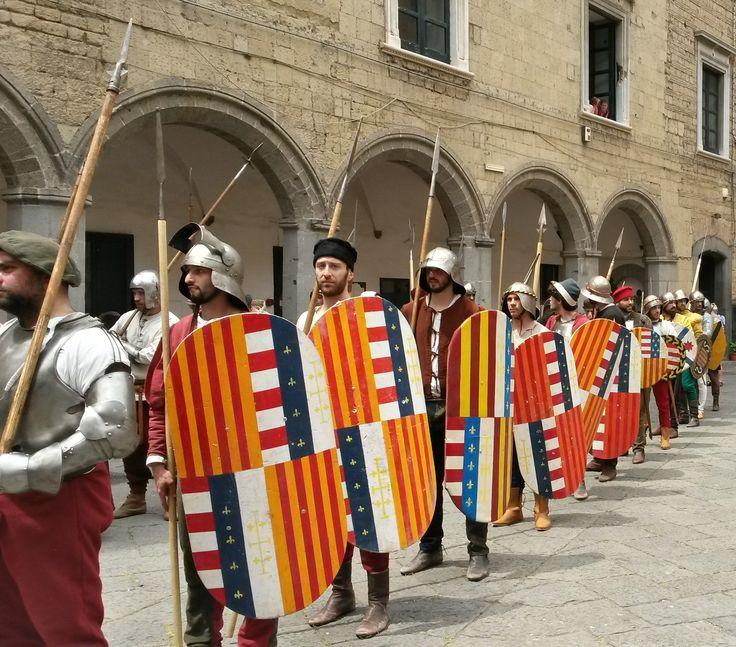 Medieval Aragonese Infantry www.rosaespada.it  Seggio Periglioso Fanteria Aragonese Aragonesi di Napoli Rievocazione Aragonese #SeggioPeriglioso #NapoliAragonese  #AragonesiNapoli #RievocazioneAragonese