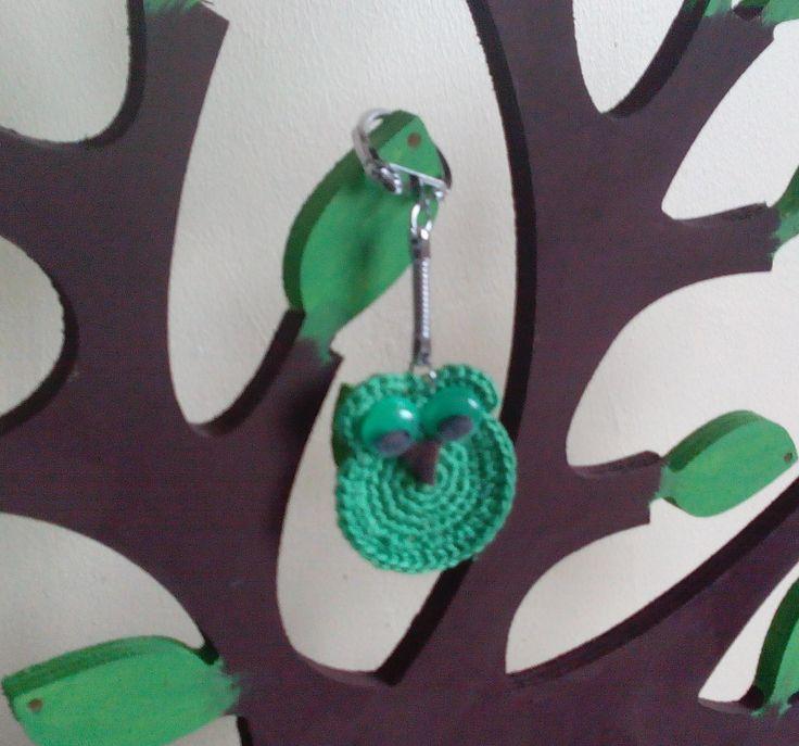 Chouette verte vraiment trop chouette !!! : Porte clés par pamamoune