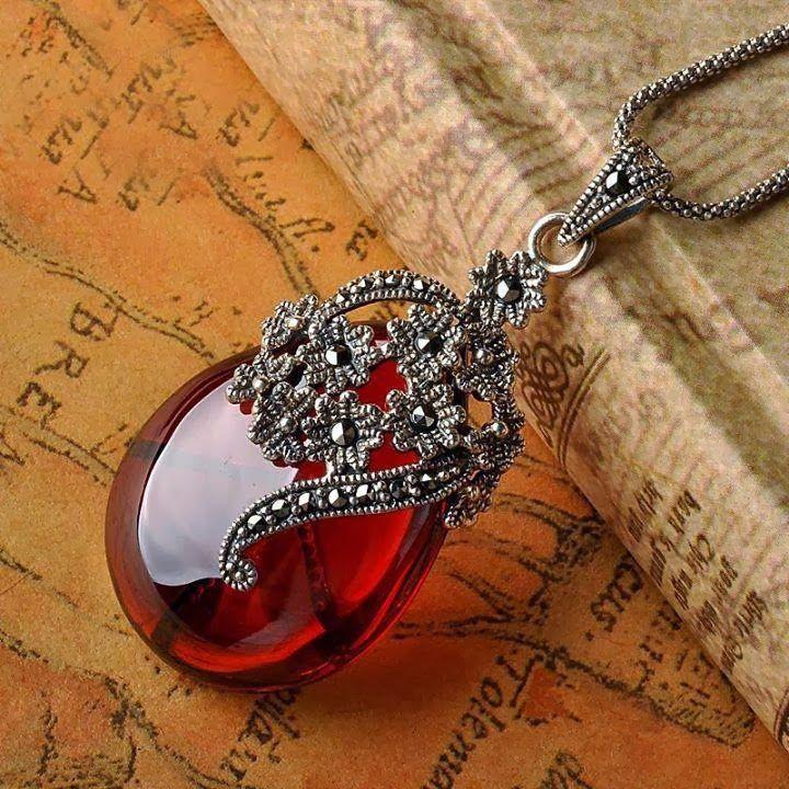 Ladies Jewelry Trends...