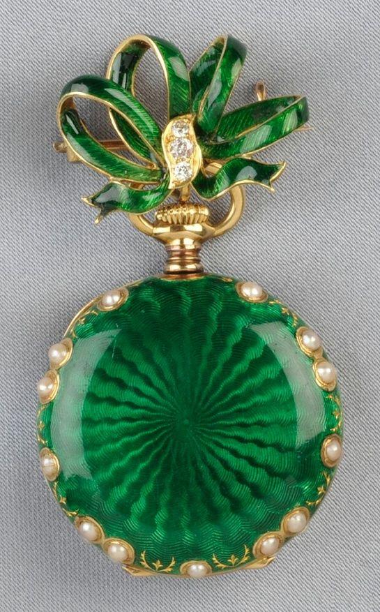 Antique 18kt Gold, E fashion love - via: beautyblingjewelry: - Imgend