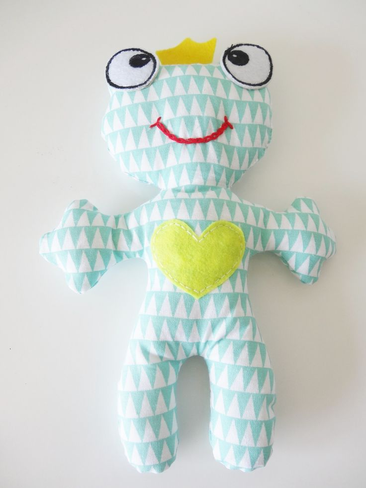 jouet doudou peluche en tissus avec bruit (grelot ou pouêt..) via bebe-chou-by-estefan. Click on the image to see more!
