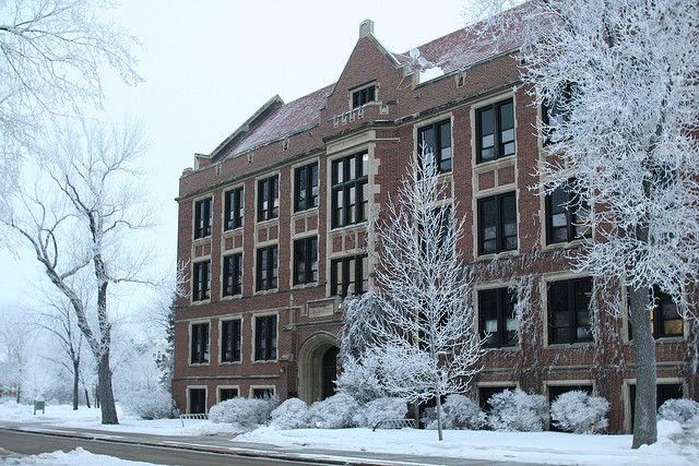 University of North Dakota ... Grand Forks ...