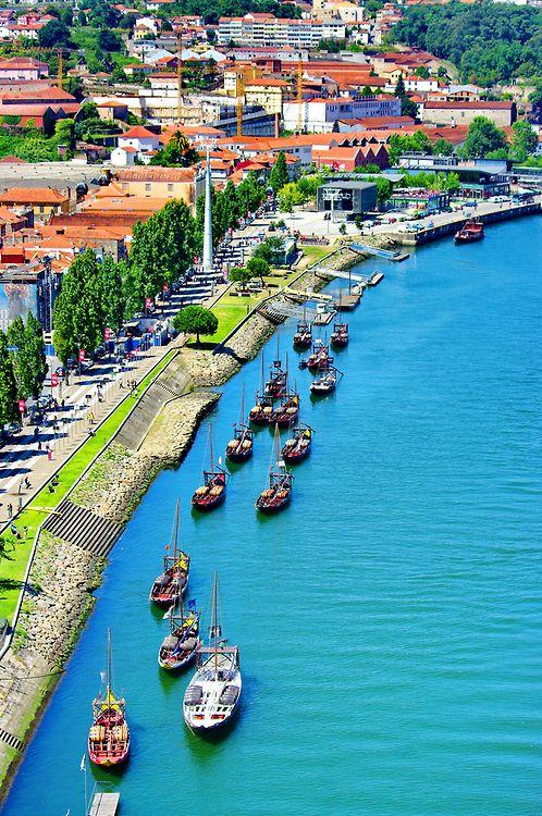 Rio Douro e Barco Rabelo www.webook.pt #webookporto #porto #douro #bestviews