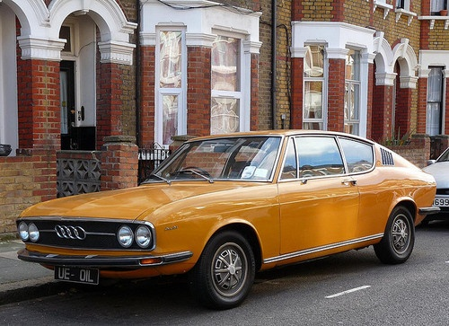 Starring: '72 Audi 100 Coupe S Almost bought one of these a few years back but I couldn't reach the pedals - short-girl problem number 3,011 ;)