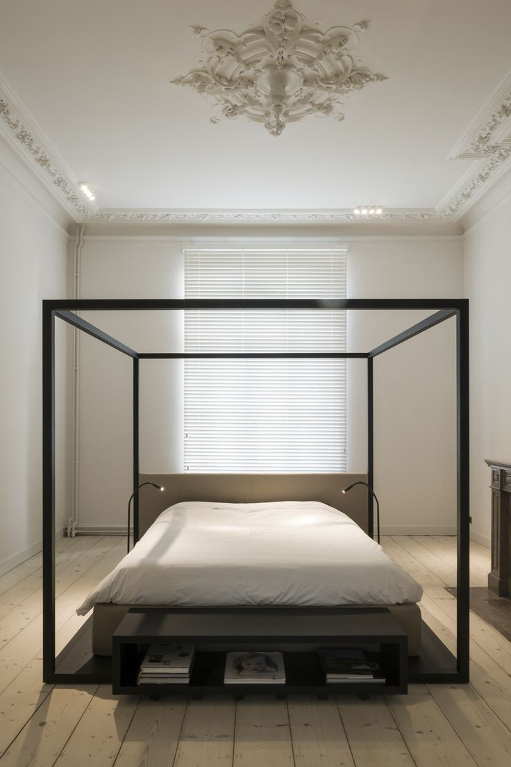 Photo 2 of 7 in Maison de Matre by Hans Verstuyft Architecten. Minimalist  BedroomMountain ...