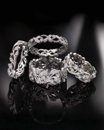 I love the Ungar Ungar ring collection!