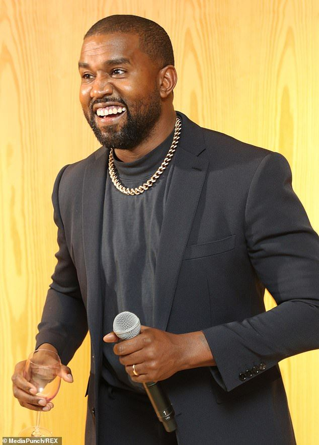 Kim Kardashian And Kanye West Are Trying To Save Their Relationship With A Family Getaway Dai In 2020 Kim Kardashian And Kanye Kim Kardashian Kanye West Kanye West