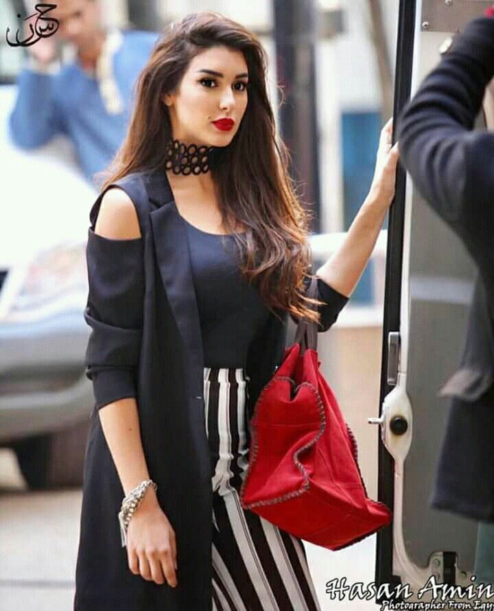 Pin By Asmhan On Style Spring Autumn Fashion Islamic Fashion Beautiful Girl Photo