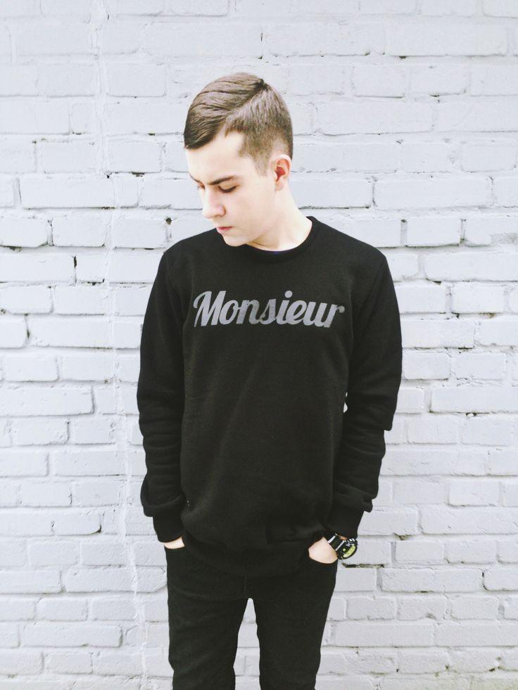 men's outfit monsieur sweatshirt from backstage