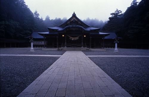 Yahiko Shrine in  Niigata by Visit Japan 2010, via Flickr