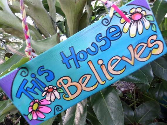 Hippie House decor This house believes Hippie by justgivemepeace