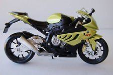 BMW S1000RR Motorcycle Model 1:12 Scale Model by Maisto