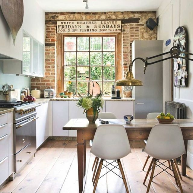 I love when different styles combined in one design.  #simpledesign #ideas #inspiration #kitchen #modern #classic #homedecor #homedesign #diy #design #interior #interior4all #amazing